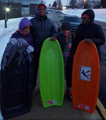 snow-day-sledding